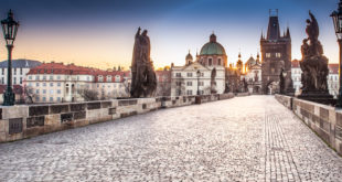 Экскурсия по достопримечательностям Праги на рассвете