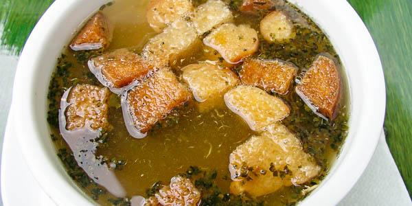 Чеснечка (Česnečka) – чесночный чешский суп