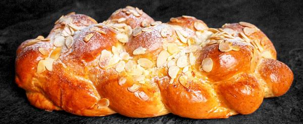 Ваночка (Vánočka) чешский рождественский плетёный хлеб