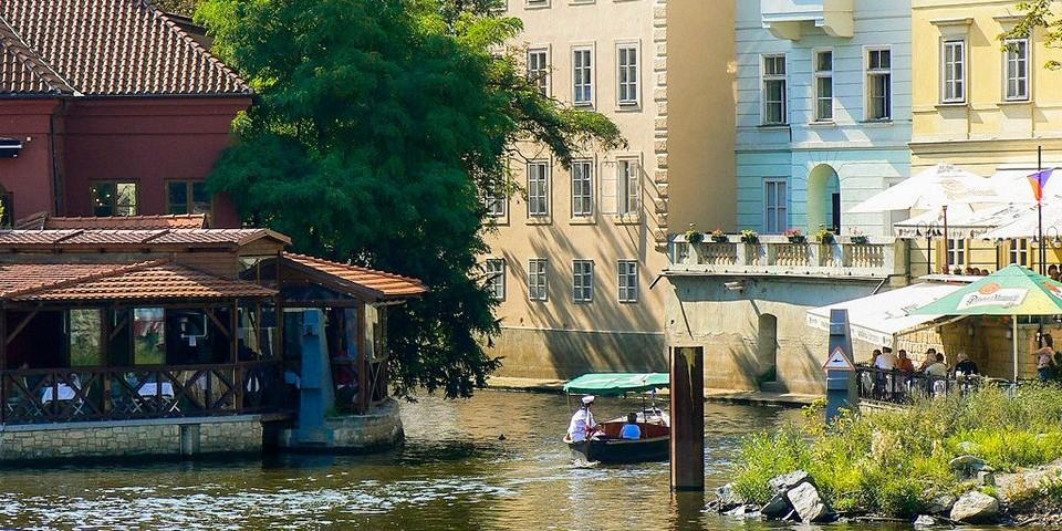 Винарна чертовка в Праге